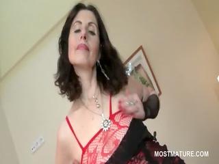 mature hoe in underware teasing hot assets