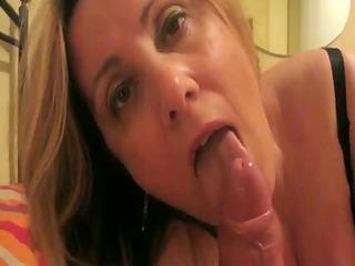 amateur european wife suck dong