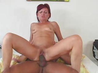 granny reward 3 redhead mature with a juvenile