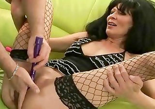 granny gets her pussy screwed hard