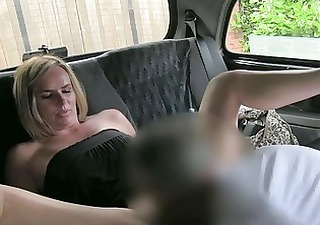 amateur d like to fuck blonde squirts and bonks