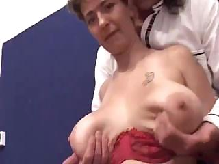 mature with big saggy tits sucks and receives