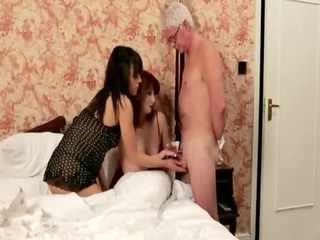cfnm tug and blow older dick after their sleep