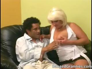 hawt large boobed d like to fuck slut sucking