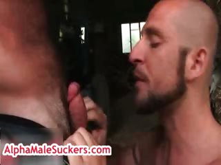 butch grand gets rimmed by aitor crash