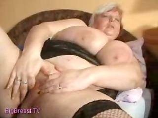 bulky older masturbate