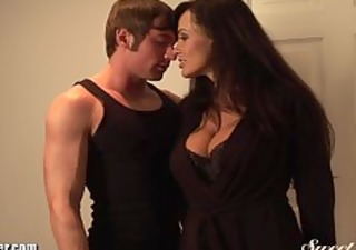 lisa ann copulates young muscled guy