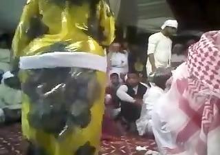 arab big wazoo - round gazoo - bow over gazoo