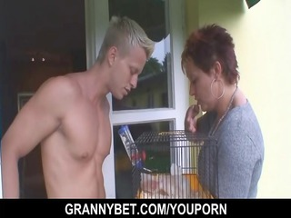 pretty neighbour granny gets banged by hung chap