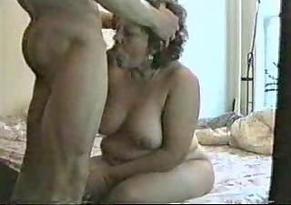 me and my nasty aunt. she is dont accede my cum !