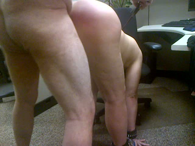 sex with my slut. she has a great butt to whip!