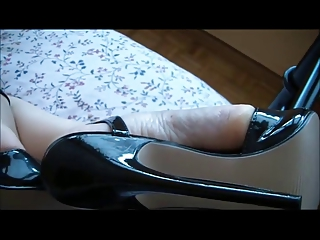 milf feets in hawt highheels