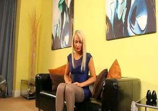 blondie in incredible nylon pantyhose